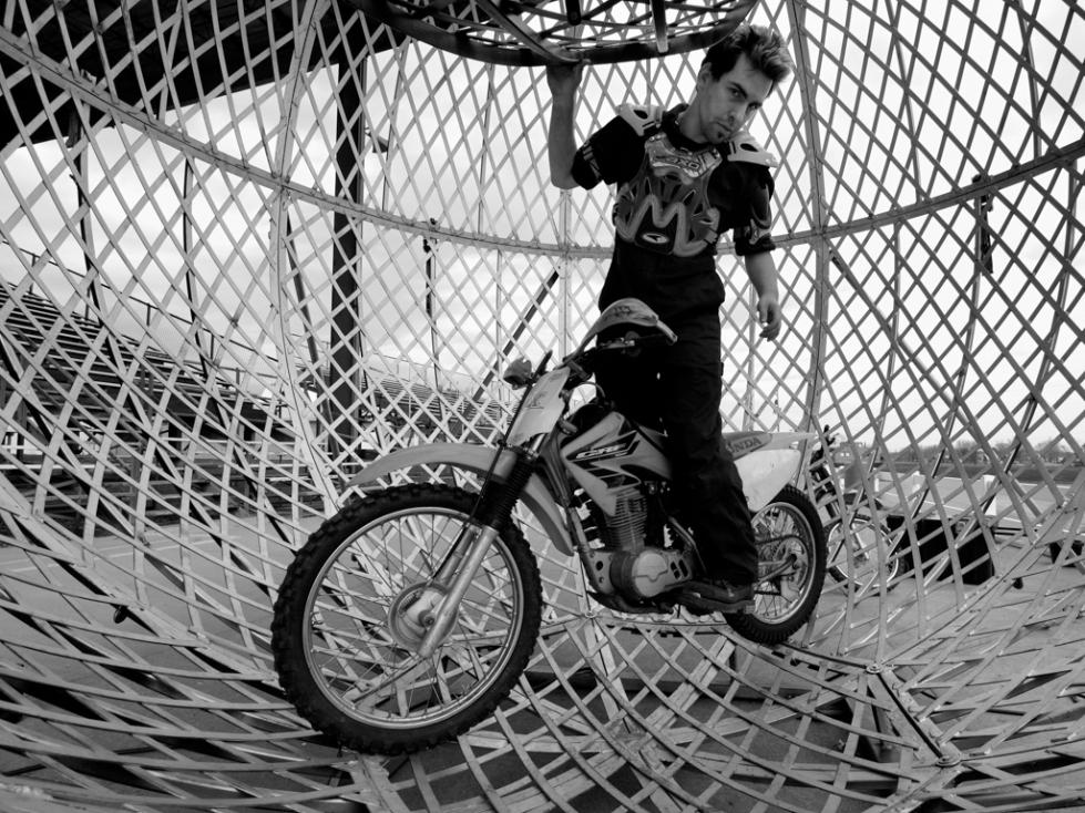Circus Motorbike (1 of 1)